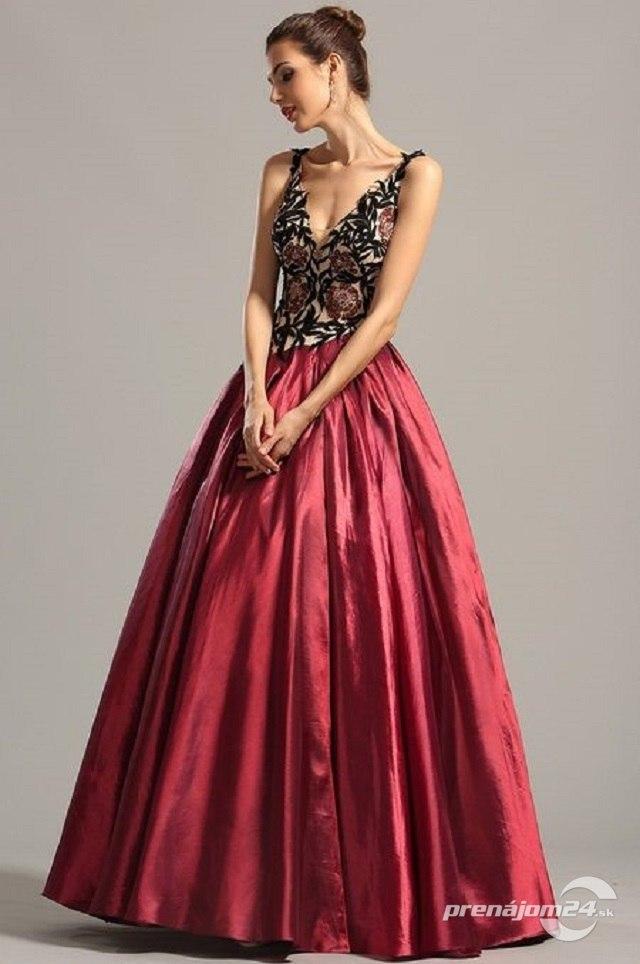 671665affe1d Očarujúce dlhé šaty na ramienka