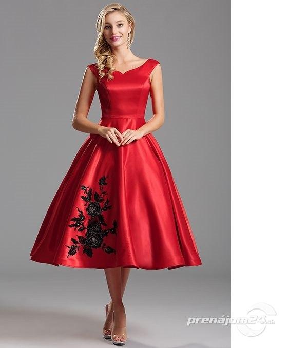 e17d145d50d4 Ohnivo-červené vintage šaty