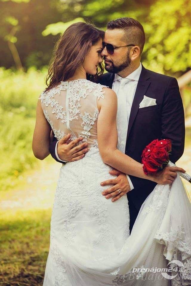 a177bd73c0ba Romantické čipkované svadobné šaty
