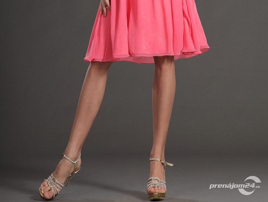 Ružové šaty pre družičky 9a9e1ce335