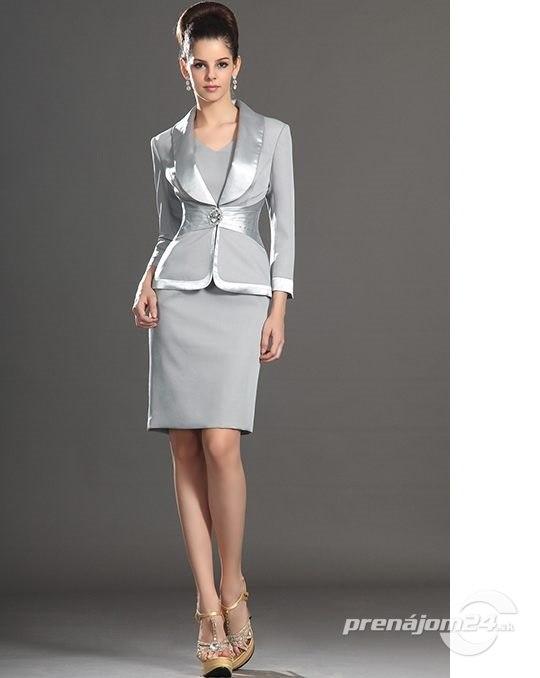 3831d87897df Sivé elegantné šaty pre svadobné mamy