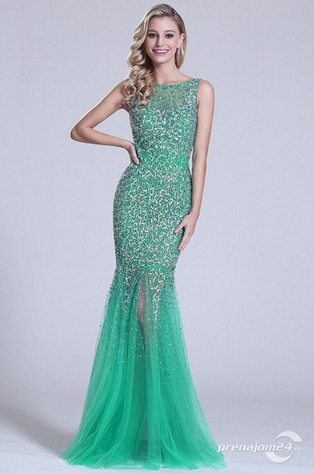 d7d93184d1d8 Zelené šaty s odhaleným chrbtom