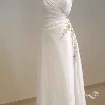 Dlhé biele svadobné šaty zdobené striebornými kvetmi d5485cce2f5